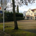Dial House Hotel,  Crowthorne