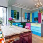 Veeve - Colourful Wandsorth Home, London