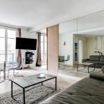 Spacious flat near Arc de Triomphe, Paris
