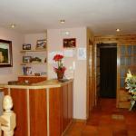 Hotel Pictures: Apartamentos Casa Chorche, Gavín