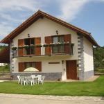 Hotel Pictures: Casa Rural Irugoienea, Espinal-Auzperri
