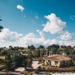Equestrian Luxury Villa,  Prastio