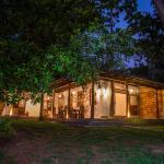 Teak cottage, Hikkaduwa