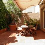 Suitur Courtyard Apartment, Barcelona