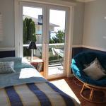 Mc Neil Bay 4BD Home in Oak Bay,  Oak Bay