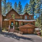 3597 Mackedie Mountain Five-Bedroom House, South Lake Tahoe