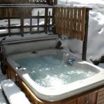 916 Kiowa Two-Bedroom Cabin, South Lake Tahoe