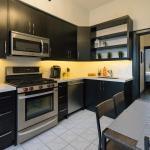 Applewood Suites - Queen West Loft, Toronto