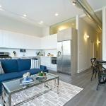 Two-Bedroom Apartment on North Damen Avenue 204, Chicago