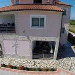 Villa Baldi, Tar