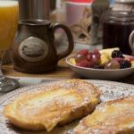 Munro House Bed and Breakfast, Jonesville
