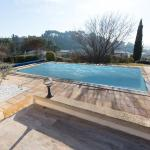 Hotel Pictures: La villa d'Eguilles, Coudoux