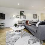 Modern flat über cool Clerkenwell, London