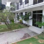 Christian Road and Jakob Apartments, Dar es Salaam