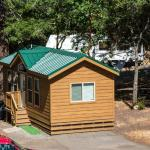 Russian River Camping Resort Cottage 8, Cloverdale