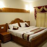 Hotel Vasantham Palace,  Ooty
