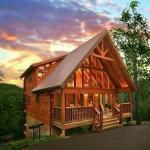 Mountain Memories Three-Bedroom Cabin,  Little Cove