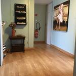 Hotel Pictures: Le Ptit Ecureuil, Tosse