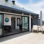 Penthouse Views - Auckland Holiday Apartment, Auckland