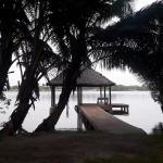 Hotel Pictures: Cabanon sur 4000 m² en bord de mer, Assinie