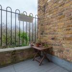 London Garden View Apartment, London