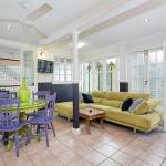 Hotelbilder: Budget Three Bed Cairns Apartment, Cairns