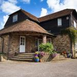 Magpies Lodge,  Slinfold