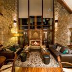 Erochos Suites Hotel, Polydrossos