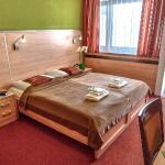 Hotel Flóra, Trenčianske Teplice