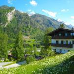 Haus Kitzsteinhorn 8 by Alpen Apartments, Kaprun