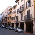 Mascarella 36, Bologna