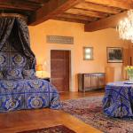 Hotel Pictures: Manoir de Malfarat, Charlieu