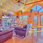 Misty Blue- One-Bedroom Cabin, Pigeon Forge