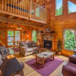 Honey Pot- Three-Bedroom Cabin, Pigeon Forge