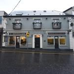 The Eyre Square Townhouse,  Galway