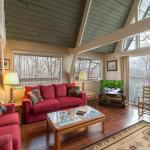 Echota- Four-Bedroom Cabin,  Gatlinburg