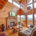 Picture Perfect- One-Bedroom Cabin, Sevierville