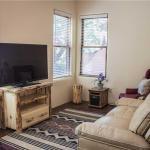 Graceful Overlook One-bedroom Condo,  Taos