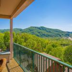 Beary Best View- Two-Bedroom Cabin,  Pigeon Forge
