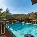 Night Majic- Two-Bedroom Cabin, Sevierville