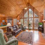African Safari- One-Bedroom Cabin, Sevierville