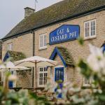 Cat and Custard Pot Inn,  Shipton Moyne
