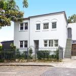 Coogee Smithfield Ave, Sydney