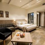 Hotel Aurus, Ahmadnagar