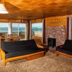 Bay View Retreat,  Newport Heights