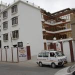 Royal Gasho Hotel,  Kargil