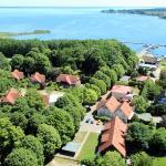 Hotel Pictures: Müritz Seeromantik (Wohnpark), Sietow Dorf