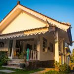 By Dorry Bed and Breakfast,  Ubud