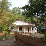 Bamboo Inn,  Polonnaruwa