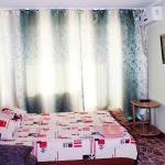Apartment on Mira Avenue 74, Mariupol'